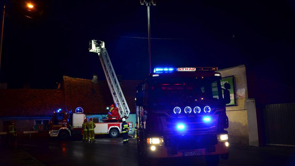 Zawaliła się ściana budynku w Borku Wlkp. Lokatorzy spędzą noc poza domem - Zdjęcie główne