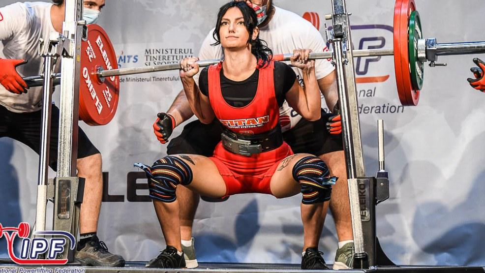 18-letnia Adrianna Borowczyk z Domachowa mistrzynią świata w trójboju siłowym - Zdjęcie główne