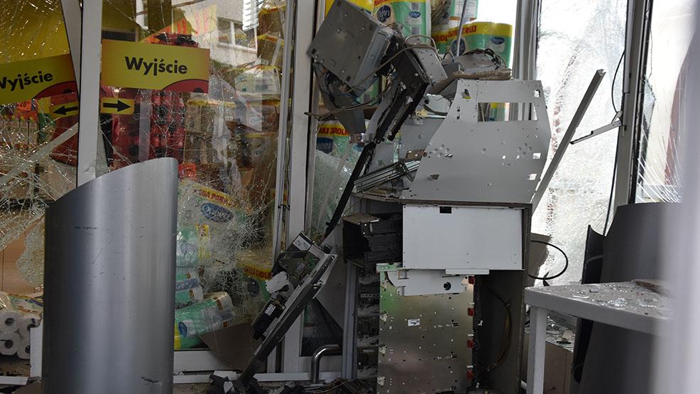 Eksplozja w Poniecu. Złodzieje wysadzili bankomat - Zdjęcie główne