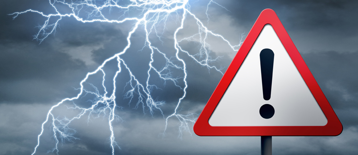 Burze z gradem, silny wiatr i ulewne deszcze. IMGW wydało ostrzeżenie na najbliższe godziny - Zdjęcie główne