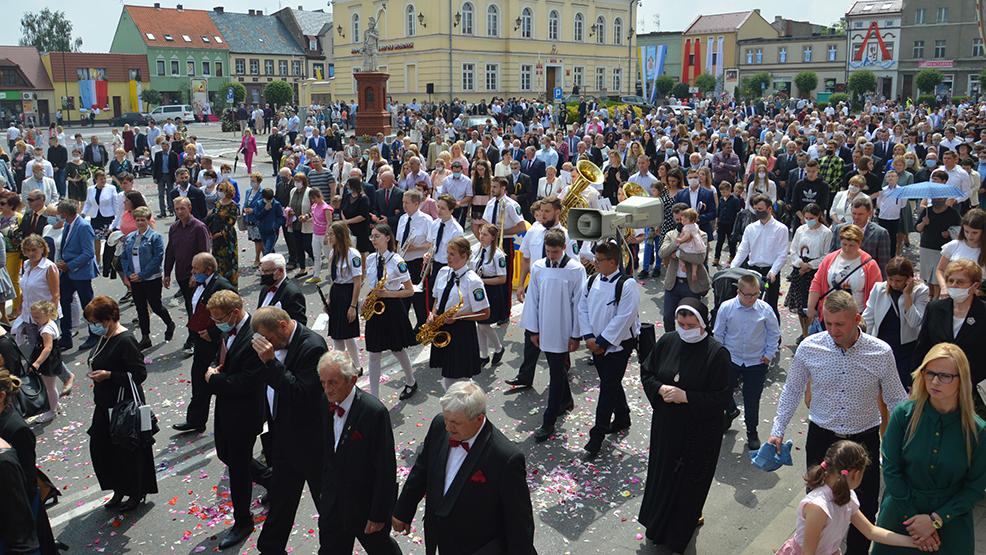 Proboszczowie w powiecie gostynskim nie zrezygnowali z procesji - Zdjęcie główne