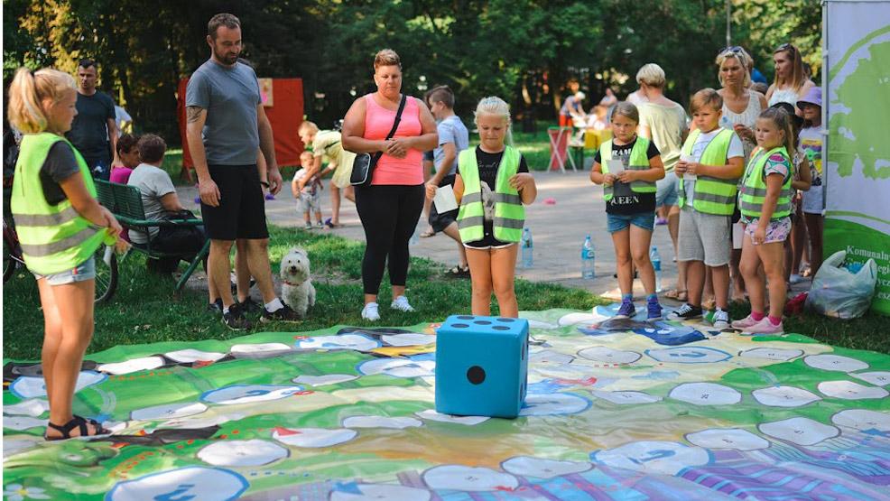 Piknik ekologiczny. Eko - moda, recykling i życzenia dla Ziemi - Zdjęcie główne