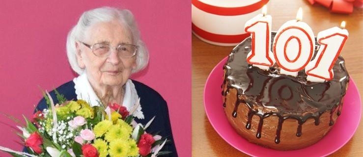 Najstarsza mieszkanka otrzymała kwiaty i list gratulacyjny - Zdjęcie główne