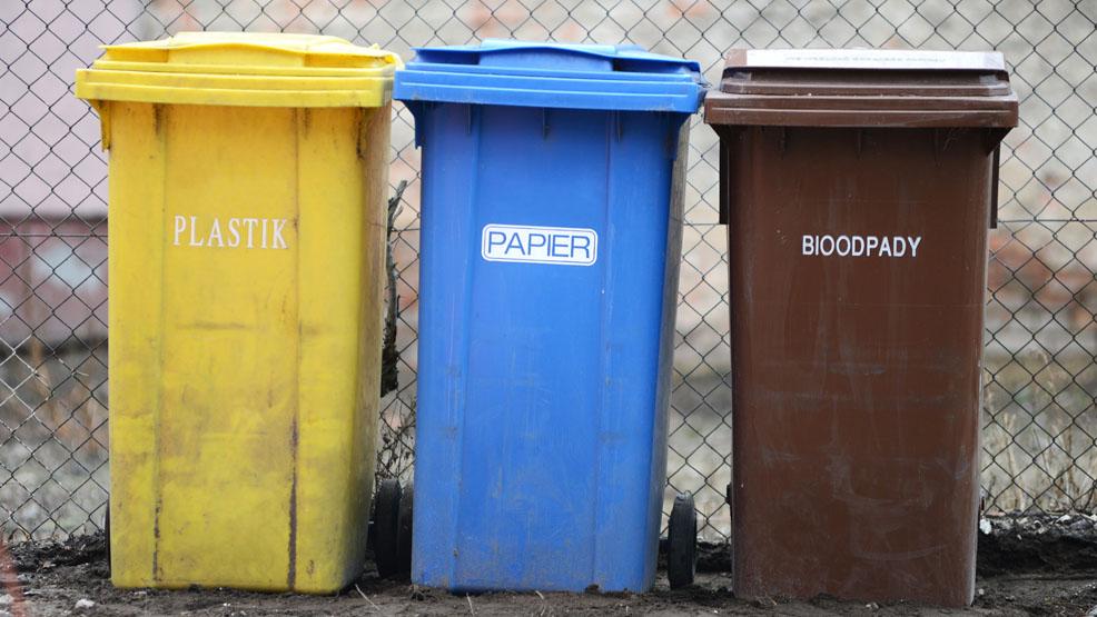 Zmieni się firma, zabierająca odpady. A co z podwyżkami opłat za śmieci w powiecie gostyńskim? - Zdjęcie główne