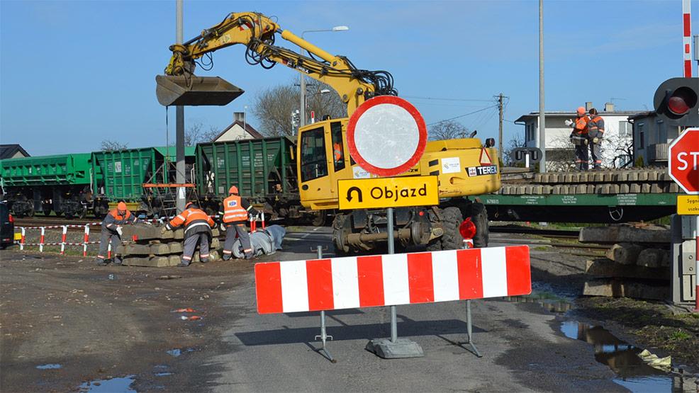 PKP remontuje przejazd kolejowy w Kuczynce - Zdjęcie główne