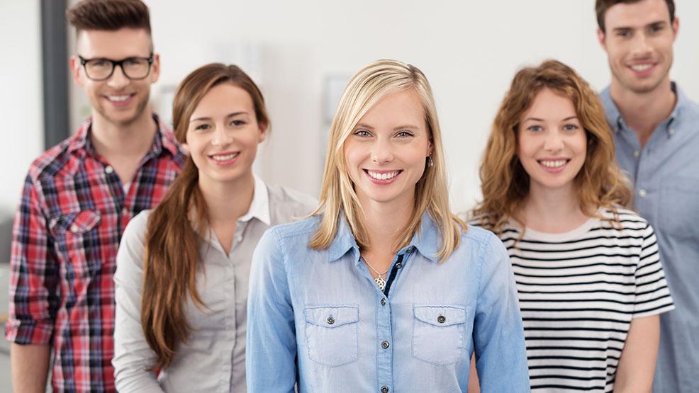 Poszukiwani młodzi, bezrobotni, ale nie bezczynni - Zdjęcie główne