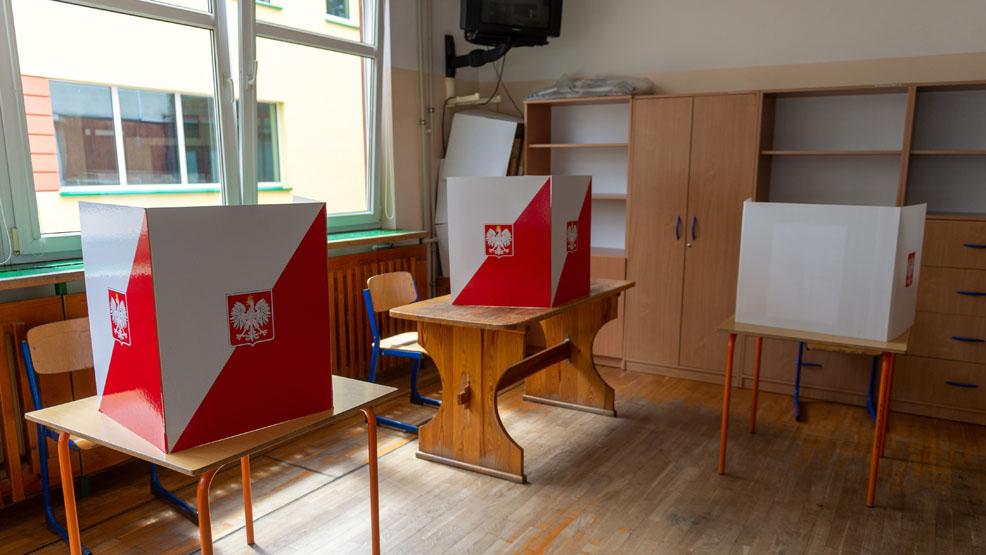 Dziś wybory uzupełniające w powiecie gostyńskim. Lokale wyborcze otwarte od rana - Zdjęcie główne
