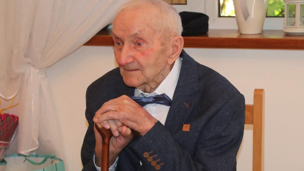 Marian Machowiak z Rokosowa obchodził 100. urodziny. Dostał list od premiera Mateusza Morawieckiego - Zdjęcie główne