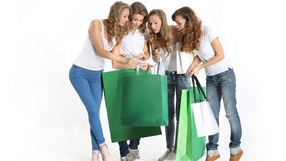 Sklepy otwarte, można robić zakupy. Przypada niedziela handlowa - Zdjęcie główne