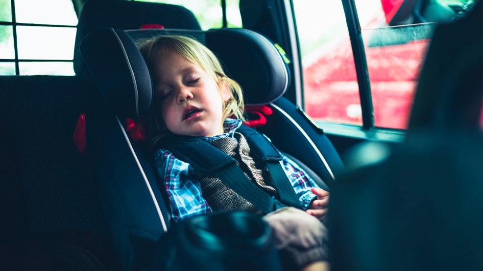 Fotelik dla dziecka tańszy od... trumny? Raport z powiatu gostyńskiego - Zdjęcie główne