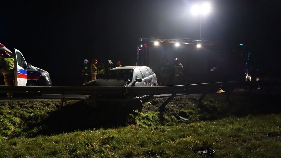 """Skrzyżowanie drogi wojewódzkiej nr 434 z krajową """"36"""" zostanie oświetlone  - Zdjęcie główne"""