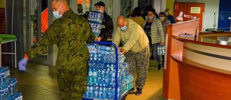 Ruszyła pomoc dla jarocińskiego szpitala z różnych stron [ZDJĘCIA] - Zdjęcie główne