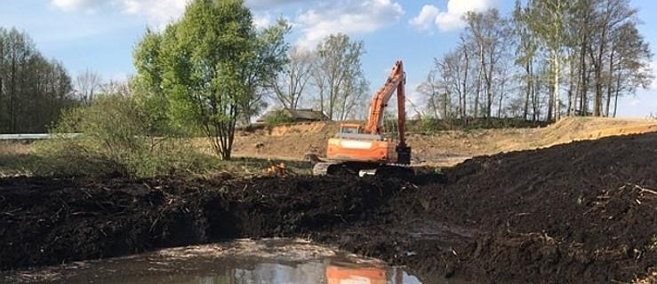 Sposób na suszę - zachęcają rolników do budowy zbiorników - Zdjęcie główne