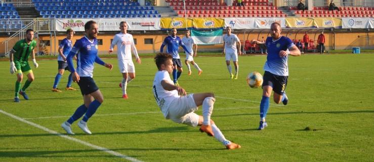 III liga: Jarota Jarocin przegrała z Elaną Toruń (ZDJĘCIA) - Zdjęcie główne