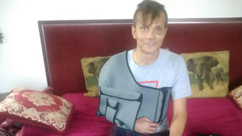 39-latek przeszedł skomplikowaną operacje ręki. Opowiada, co spotkało go na oddziale szpitala - Zdjęcie główne