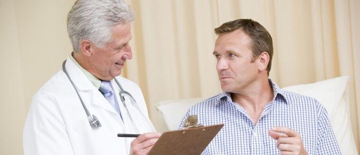 Kto może liczyć na 100-procentowy zasiłek chorobowy?  - Zdjęcie główne