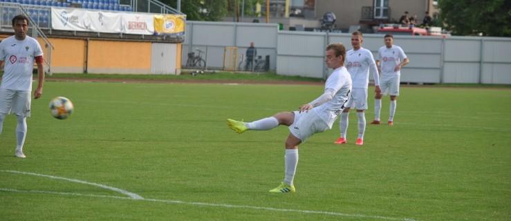 III liga: Jarota Jarocin przegrała z Sokołem Kleczew (ZDJĘCIA) - Zdjęcie główne