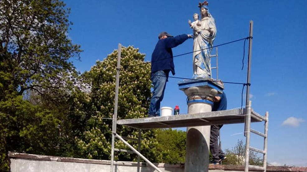 Witaszyce. Mieszkańcy aktywnie włączyli się w renowację figurki Matki Bożej - Zdjęcie główne