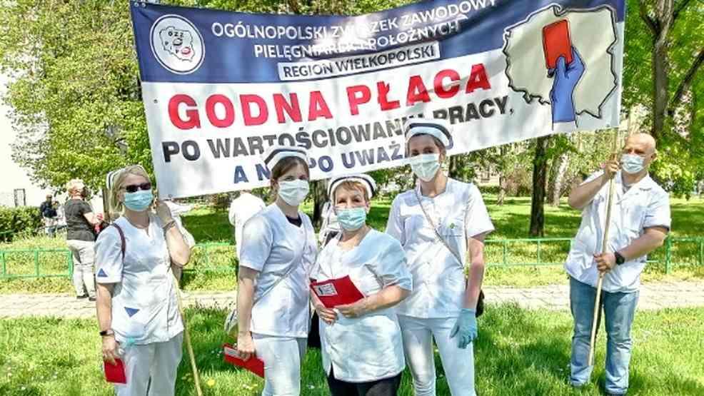 Pielęgniarki protestowały w Warszawie. Domagają się podwyżek - Zdjęcie główne