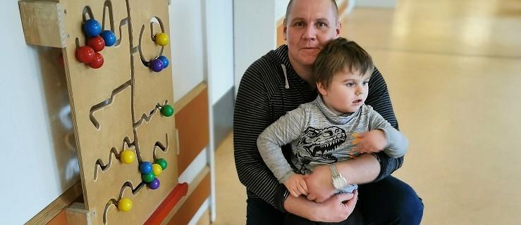 Rodzice i strażacy walczą o pieniądze na leczenie Michałka. W sobotę kiermasz ciast  - Zdjęcie główne