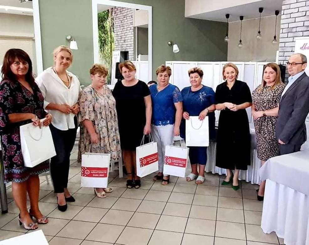 Członkinie Kół Gospodyń Wiejskich z powiatu jarocińskiego spotkały się z parlamentarzystkami [ZDJĘCIA] - Zdjęcie główne