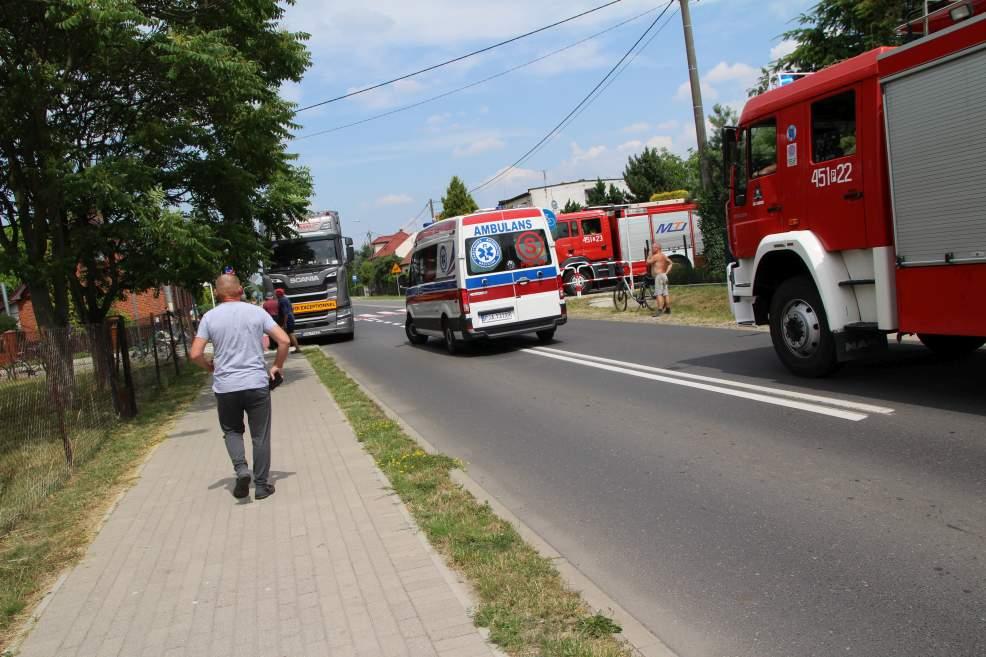Wypadek na przejeździe rowerowym na drodze Jarocin-Żerków  - Zdjęcie główne