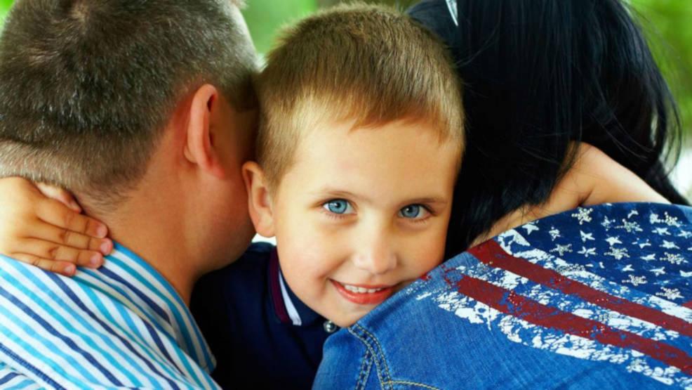 Jarocin. Powiatowe Centrum Pomocy Rodzinie w Jarocinie poszukuje kandydatów na rodziny zastępcze - Zdjęcie główne