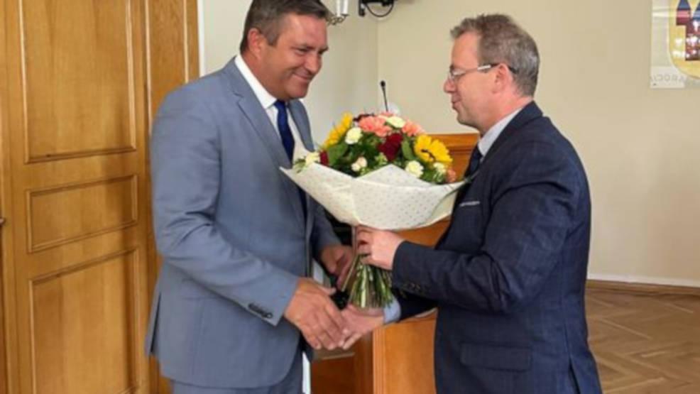 Radni udzielili absolutorium burmistrzowi Jarocina Adamowi Pawlickiemu - Zdjęcie główne