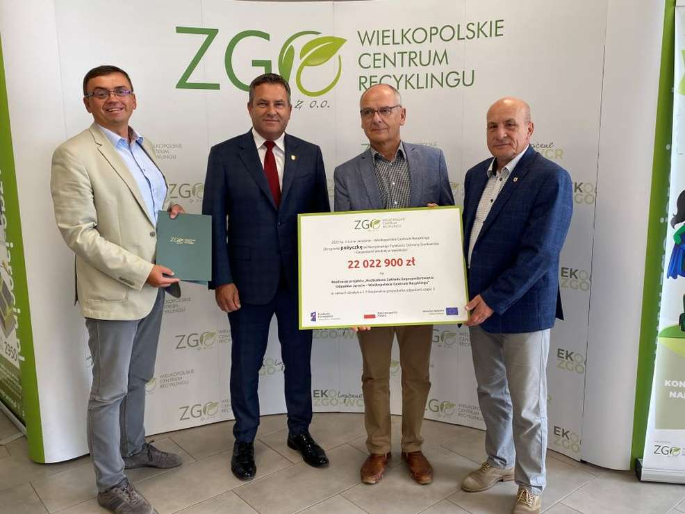 Jarocin. Spółka ZGO - WCR podpisała umowę, która umożliwia kolejną rozbudowę zakładu [ZDJĘCIA]  - Zdjęcie główne