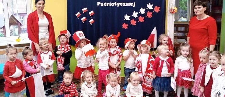 Najmłodsi uczcili dzień niepodległości. Zobacz jak święto 11 listopada celebrowały przedszkolaki z Żerkowa  [GALERIA] - Zdjęcie główne