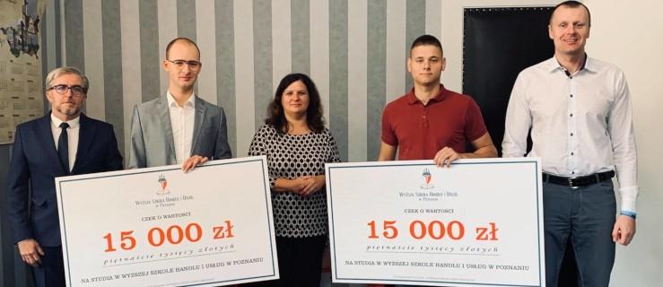 Dostali po kilkanaście tysięcy na studia w Poznaniu - Zdjęcie główne