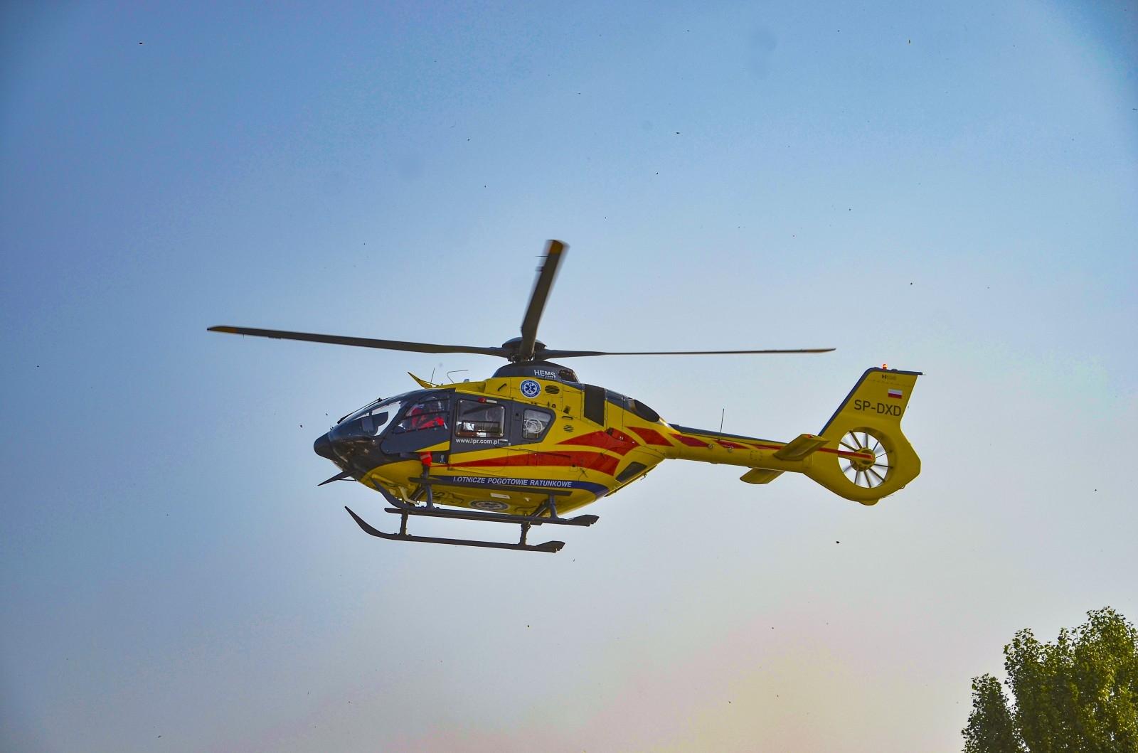 Jarocin.Lotnicze Pogotowie Ratunkowe. Latają i ratują. LPR. Helikopter LPR w akcji. Ratownicy z nieba [ZDJĘCIA] - Zdjęcie główne