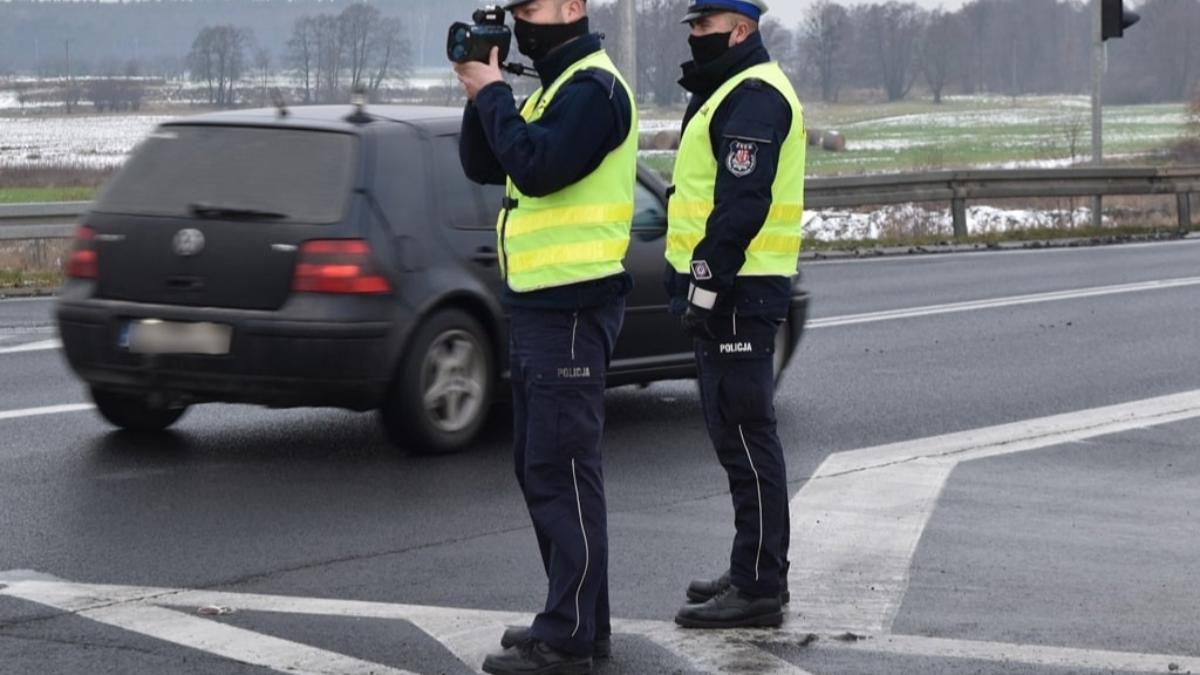 """Uwaga. Policja prowadzi akcję """"NURD"""". Uważajcie na przejściach     - Zdjęcie główne"""