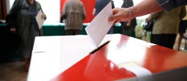 UWAGA! Zmiana miejsc głosowania w wyborach - Zdjęcie główne