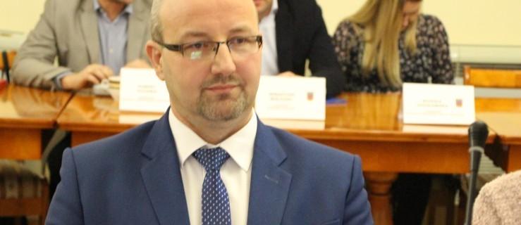 Zbigniew Surdukowski, radny miejski (PiS) nie jest już kierownikiem KRUS-u w Jarocinie. Oficjalnie radny sam zrezygnował - Zdjęcie główne