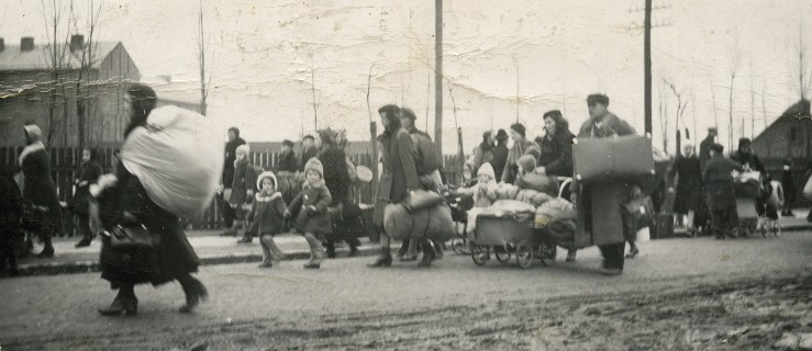 Wypędzili z domów całe rodziny. Załadowali na bydlęce wagony i wywieźli z Jarocina. Dzisiaj uroczystości  - Zdjęcie główne