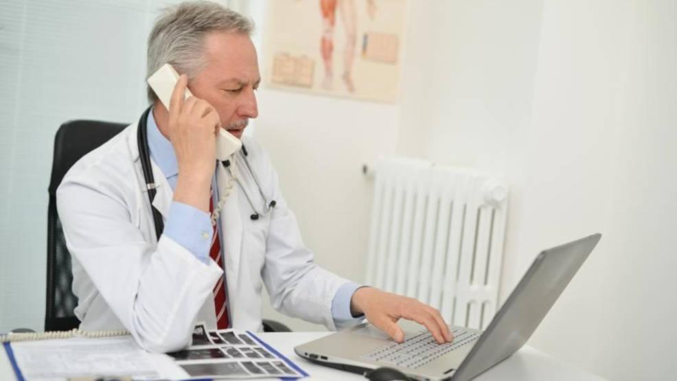 Narodowy Fundusz Zdrowia wziął się za teleporady. Zagroził karami dla lekarzy [SONDA] - Zdjęcie główne