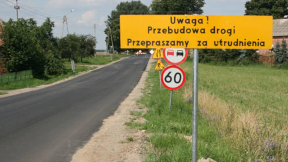 Ruszyła przebudowa drogi Żerków - Raszewy - Komorze. Kierowców czekają utrudnienia - Zdjęcie główne