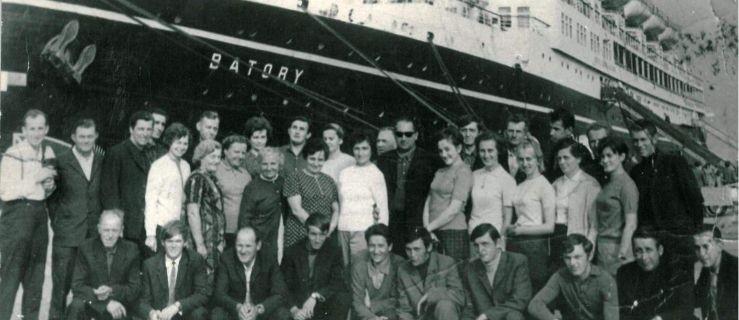 Badali samodzielnie okoliczności tragicznego wypadku na moście w Nowym Mieście. Co odkryli?  - Zdjęcie główne