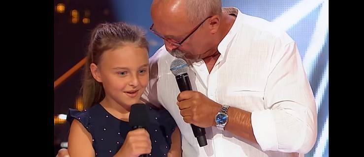 Andrzej Musiałek śpiewa z córką. W sobotę wystąpi w półfinale The Voice Senior [WIDEO]  - Zdjęcie główne