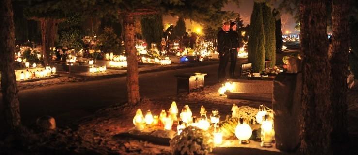Cmentarze zamknięte na 1 listopada i Dzień Zaduszny. Kto będzie mógł wejść na nekropolie? - Zdjęcie główne