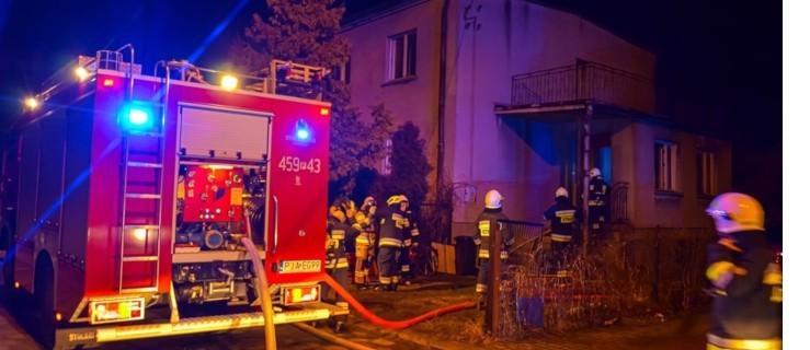 Pożar w domu. Strażacy uratowali mienie o wartości pół miliona złotych  - Zdjęcie główne