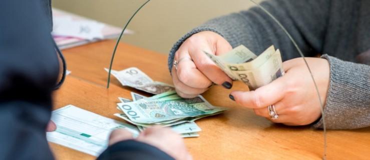 Pensja minimalna 2021. O ile wzrośnie, ile dostaniemy na rękę? - Zdjęcie główne