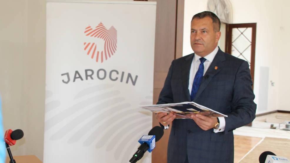 Burmistrz informował dziennikarzy o nowym projekcie dla Jarocina - Zdjęcie główne
