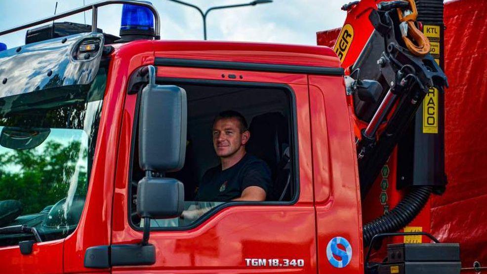Pożary Grecja 2021. Walczyli z gigantycznymi pożarami, a musieli oszczędzać każdy litr wody [ZDJĘCIA]  - Zdjęcie główne