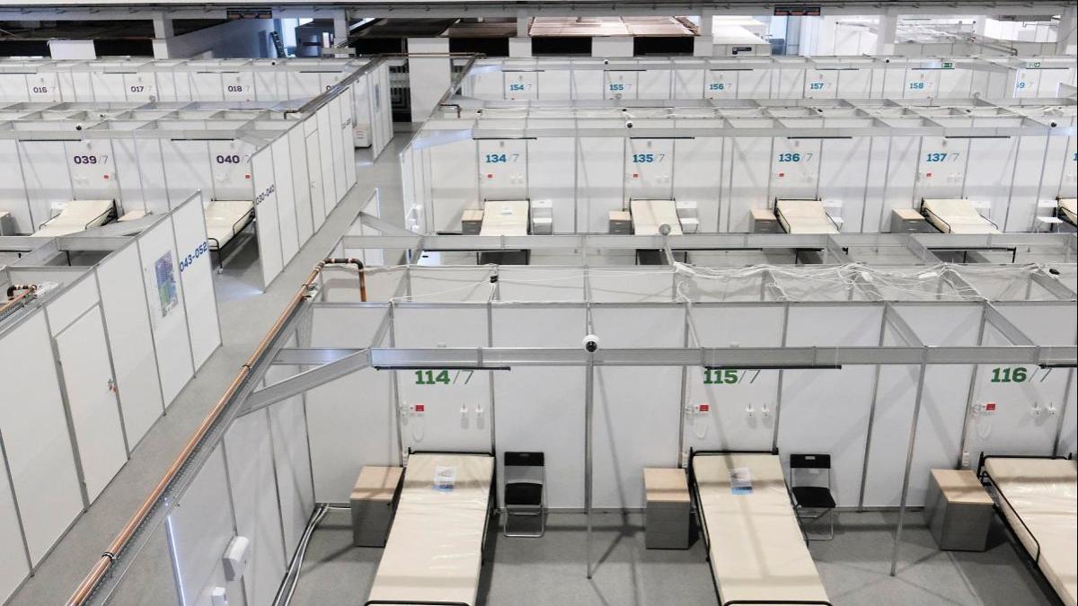 Minął rok epidemii COVID-19 w Polsce. Wciąż wzrasta liczba chorych wymagających hospitalizacji z powodu COVID-19. Czy w Wielkopolsce nie zabraknie łóżek? - Zdjęcie główne