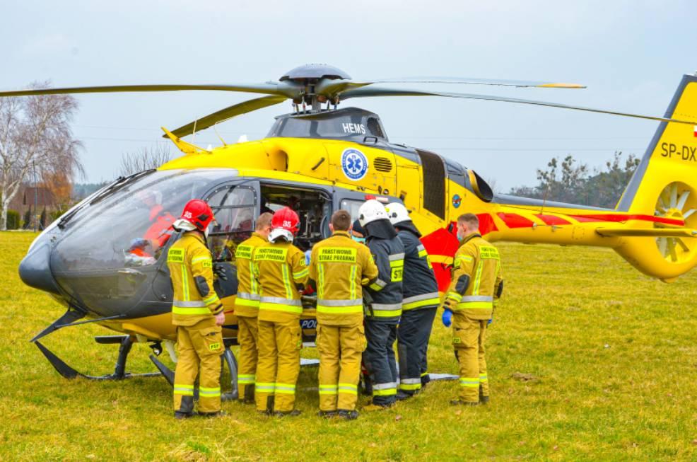 Śmigłowiec Lotniczego Pogotowia Ratunkowego lądował w Chociczy - Zdjęcie główne