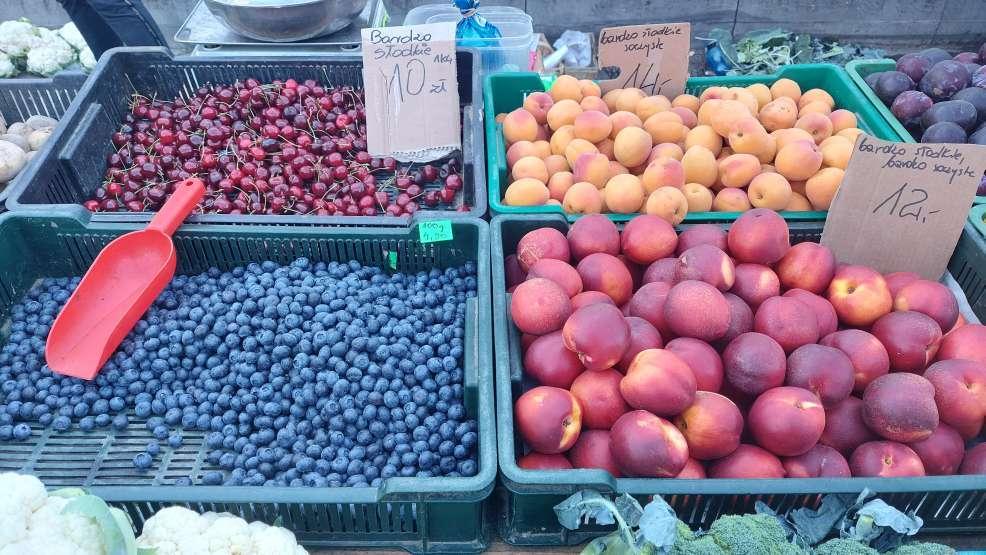 Jarocin. Najnowszy raport cenowy warzyw i owoców z targowiska [ZDJĘCIA] - Zdjęcie główne
