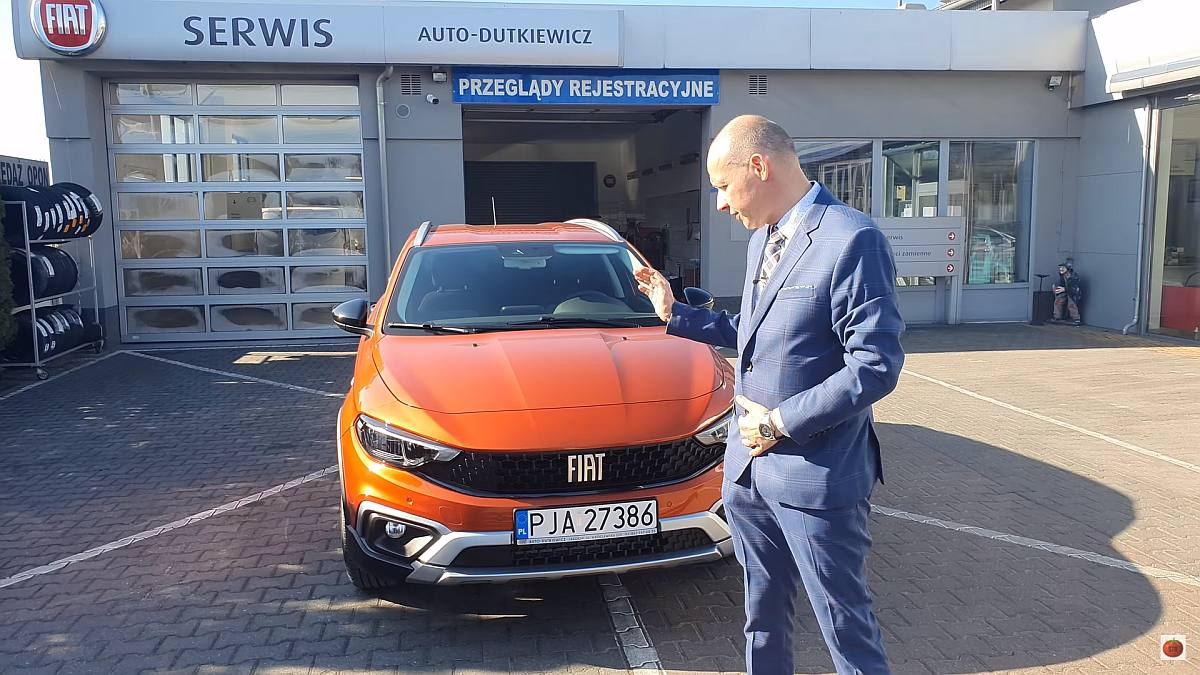 Radosław Gasik testuje auta. Tym razem nowy fiat. Wideo zrealizowane w Jarocinie - Zdjęcie główne