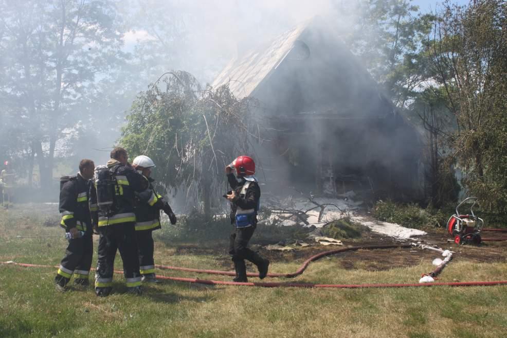 Zmarł mężczyzna poparzony w wybuchu gazu w domu letniskowym - Zdjęcie główne